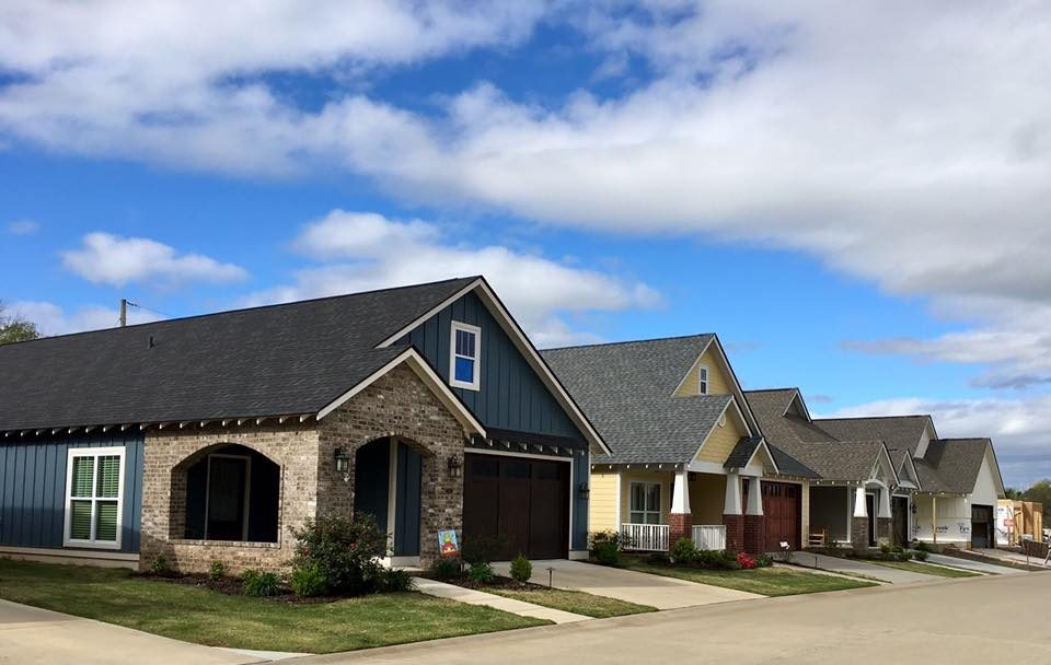 The homes of stonebrook cove arkansas conway 55 for Custom home builders central arkansas