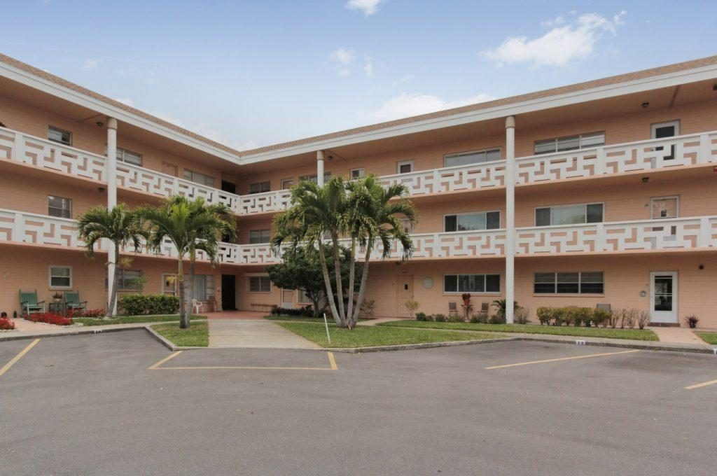 5740 Condo For Sale At On Top Of The World In Clearwater