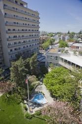 Piedmont Gardens Oakland Ca
