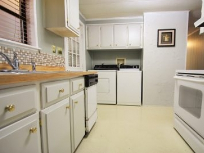 $39900 / 2br - 900ft2 - ½ Duplex with Owner Financing (Hendersonville, NC)