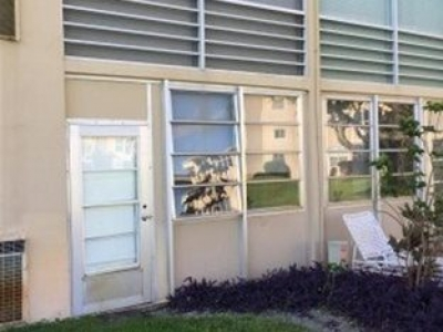 2 bed/ 2 bath Boyton Beach, 15 min from beach