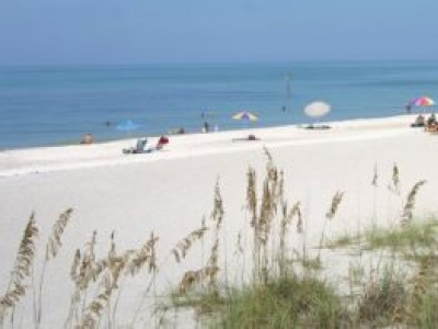 Seasonal 55+ Rental Near Englewood Beach