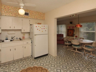 4048 kitchen Florida room