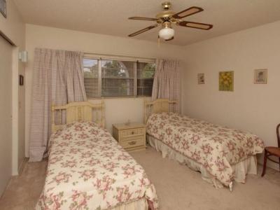 4048 guest room