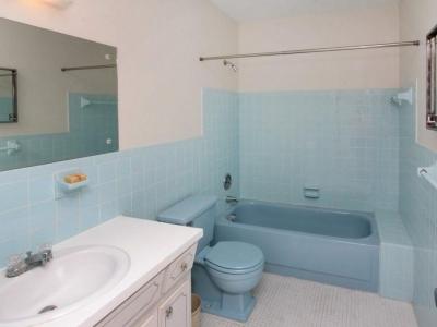 1422 guest bath