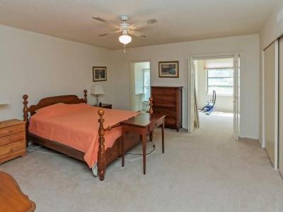 2107 master bedroom