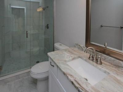 5563 master en-suite bath