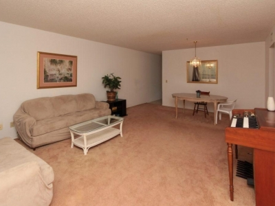 #9030 living dining area