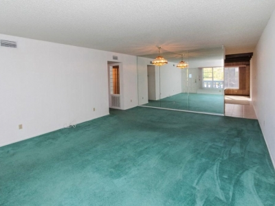 #7337 living dining area