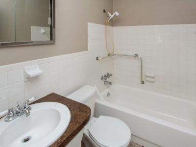#4349 guest bath