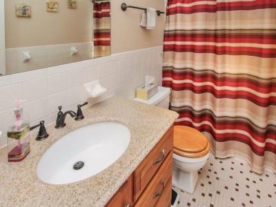 #4943 guest bath