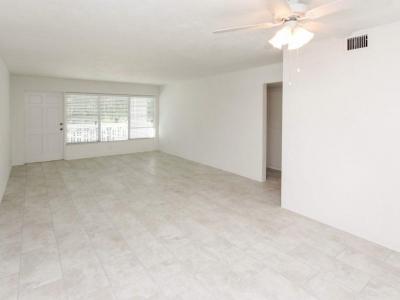 #0429 living room
