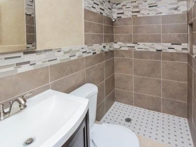 #0429 en suite master bath
