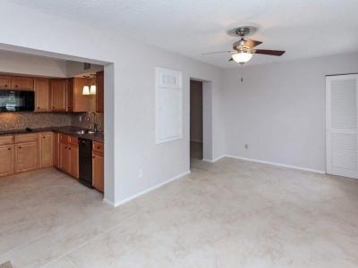 #2129 kitchen Florida room