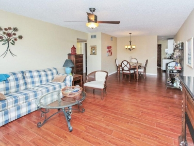 #6052 living dining room