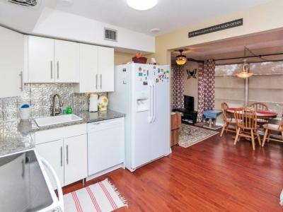 #6052 kitchen Florida room