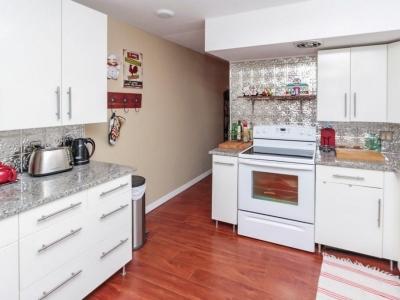 #6052 kitchen