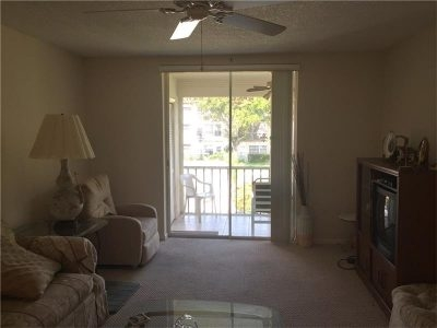 $95,000! 2/2 Condo in Deerfield Beach, Florida - less than 2 miles from the beach!