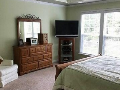 Good wall space in master bedroom