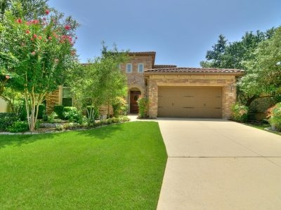Golf Community, Beautiful One Story 4 Bed 3 Bath Garden Home in San Antonio, TX