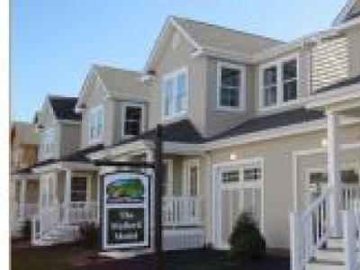 Eastport Meadows 55+ Condominiums  Long Island, NY - Hamptons