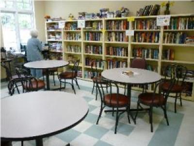 Betty Hill Senior Citizen Center Los Angeles CA